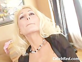 Mommy Sucking Like A Hoover