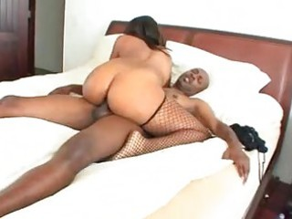 large wazoo swarthy momma in fishnet nylons