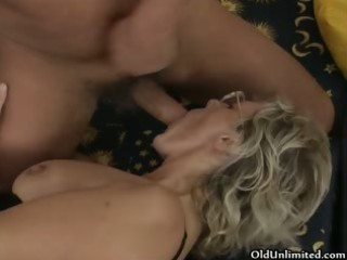 naughty older woman acquires her curly fur pie