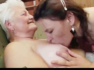 granny teaching how to be lesbo 9