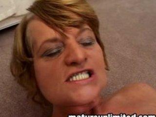 bottle mom rubbing