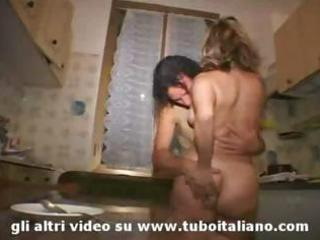 blond italian dilettante d like to fuck threesome