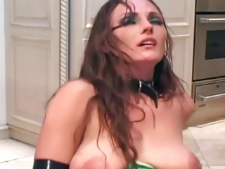 d like to fuck bonks in latex underware boots and
