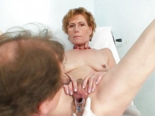 short haired blonde granny gets her pusys examined