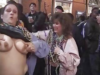 cuties flashing and dancing in public