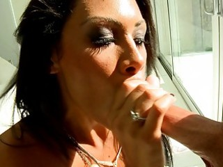 spruce brunette milf gives amazing oral-sex