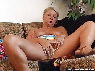 granny irena gives her old vagina a admirable