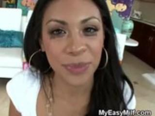 enjoyable latin babe mother i engulfing and