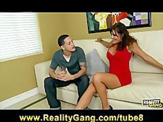 hot bigtit mother i bella roxx convinces her