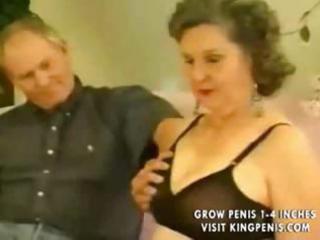 loud granny copulates part6