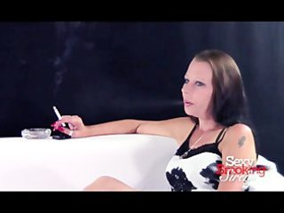 smokin fetish - older brunette hair smokin a