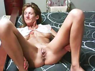 slutty amateur old man has a 46 and fucking
