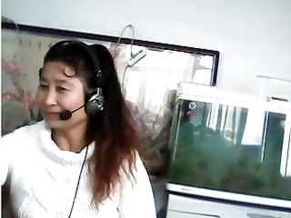chinese mother i shows breast and pants