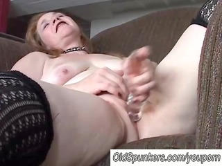 lovely mature chick has a plump moist pussy