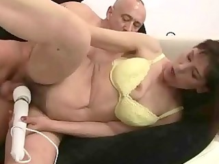 grandma receives her hairy pussy fucked