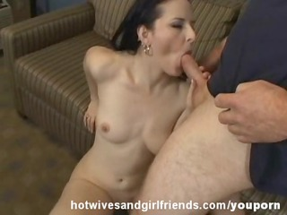 Caroline Hotwife Fucked in Sofa Cumshot on her