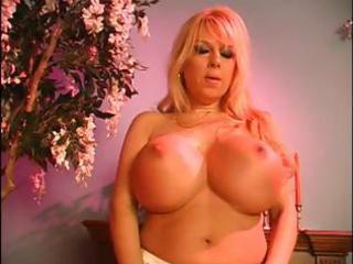 breasty blonde milf receives nude and uses her